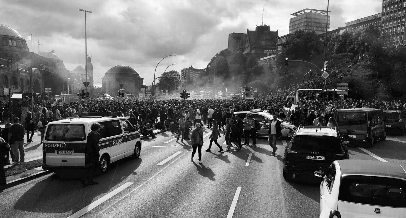 Innere Sicherheit G20 Demo Polizei