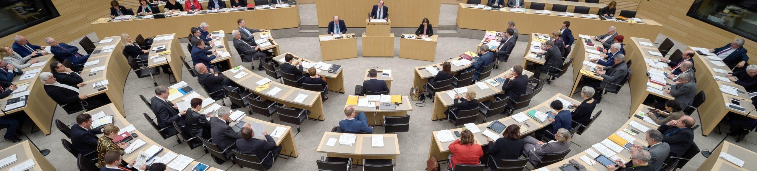 Recht und Verfassung Landtagssitzung Wahlrechtsreform