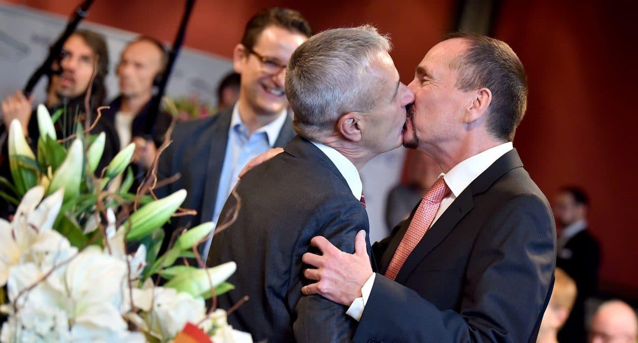 Ehe für alle Homoehe Hochzeit LSBTTIQ schwul lesbisch gay